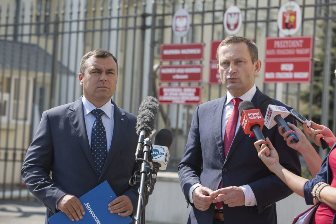 Nowoczesna chce, by Rada Warszawy podjęła w ciągu 2 tygodni uchwałę o referendum w sprawie odwołania Hanny Grronkiewicz-Waltz