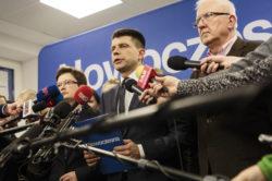 Petru: Oczekuję od PiS-u rozwiązania kryzysu w najbliższych dniach