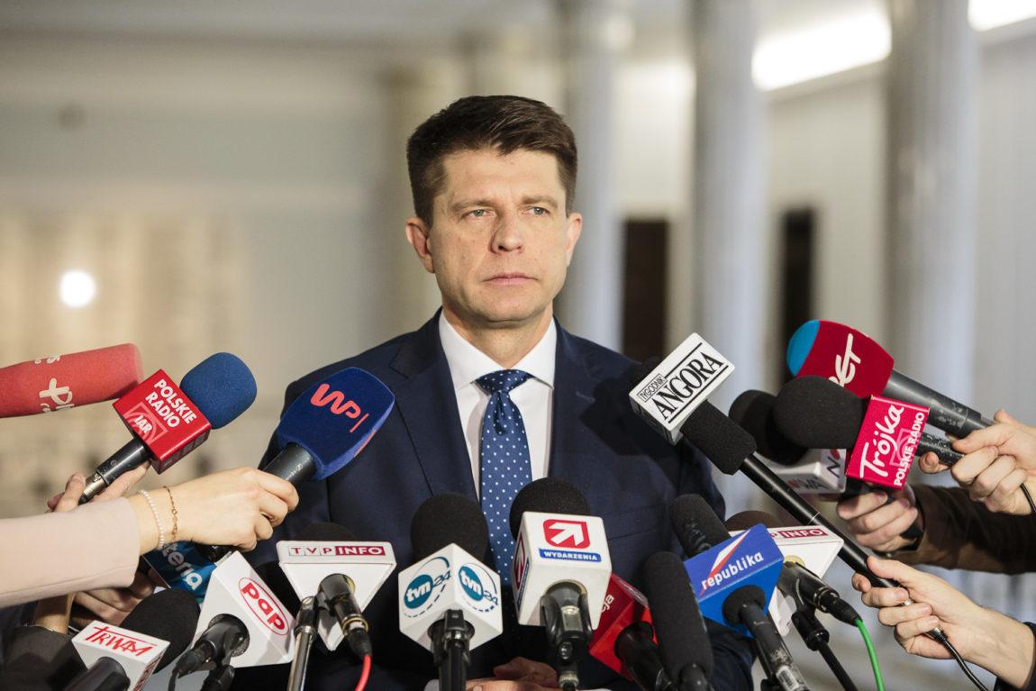 Ryszard Petru: Dane GUS znacznie słabsze od zakładanych przez rząd na ubiegły rok