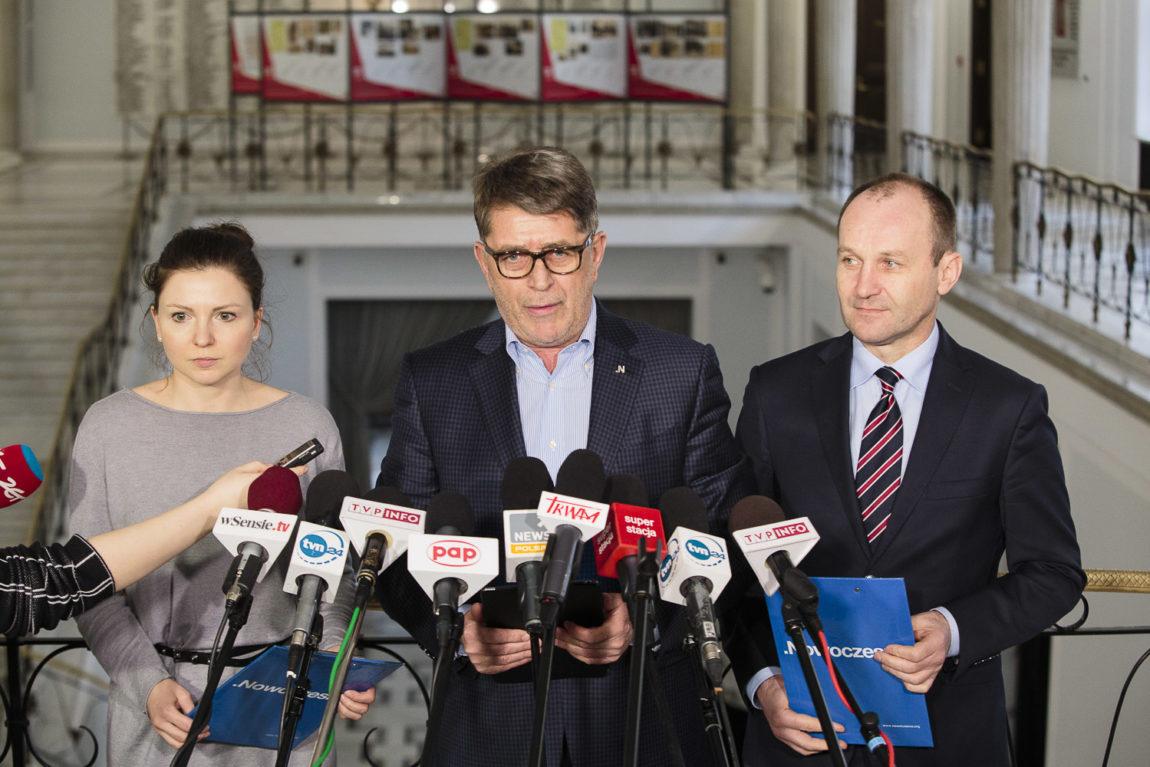Monika Rosa, Marek Ruciński, Marek Sowa: Dlaczego minister zdrowia chce likwidować szpitale?