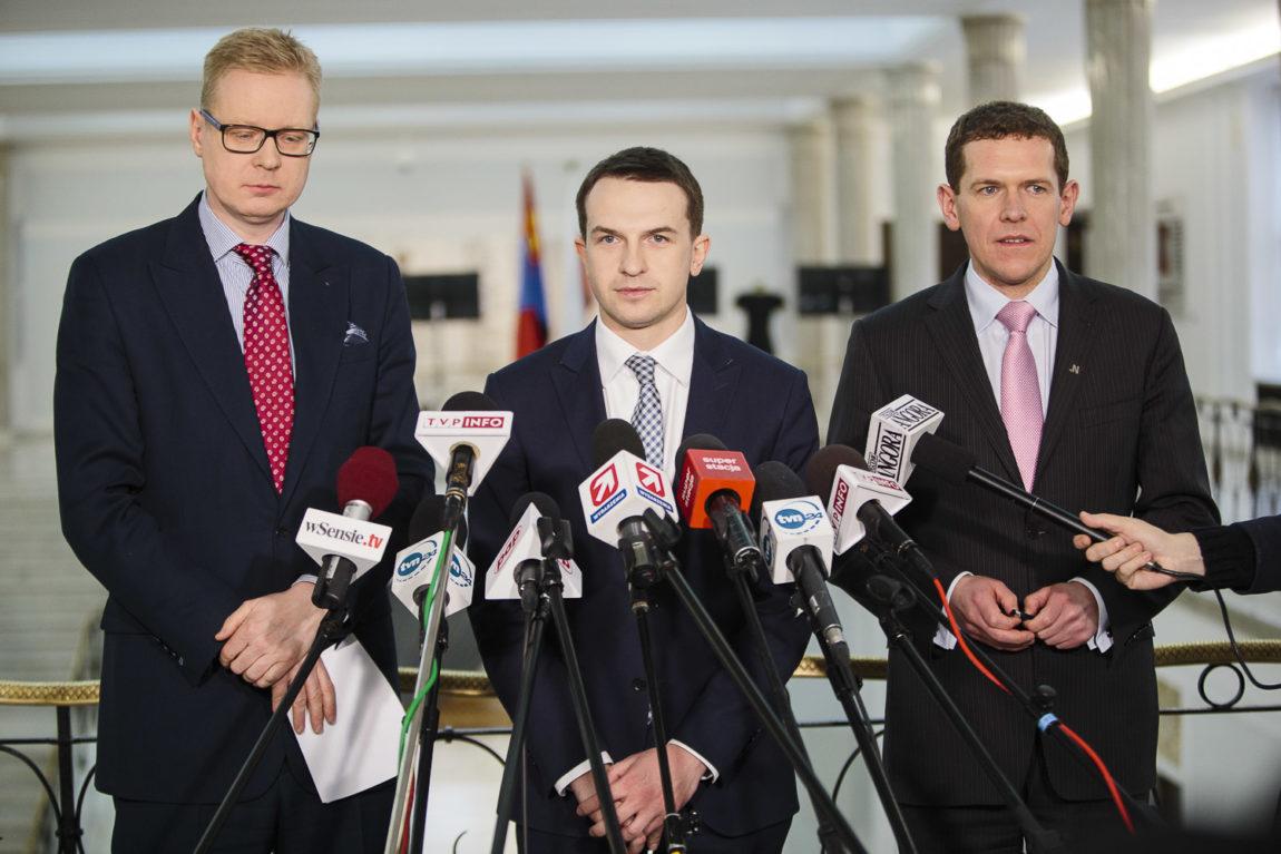 Politycy Nowoczesnej: PiS nie prowadzi żadnej polityki zagranicznej