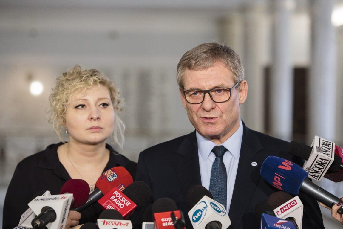 Wniosek Nowoczesnej o przedstawienie przez premier Szydło informacji bieżącej ws. polskiej polityki zagranicznej  wobec UE