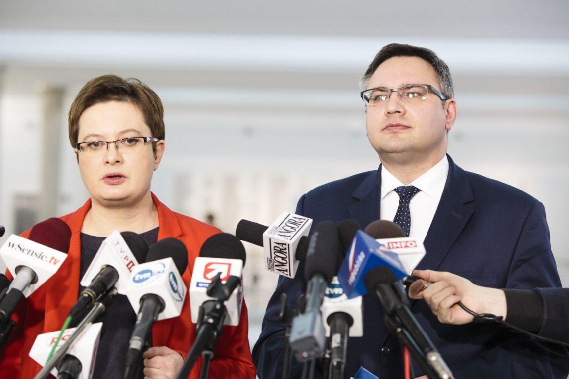 Nowoczesna: Minister Adamczyk powinien zostać odwołany
