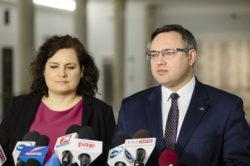 Unijne sankcje dla Polski? Mirosław Suchoń: Apelujemy do PiS o opamiętanie się