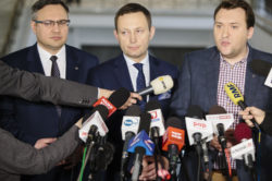 #PresjaMaSens! PiS wycofuje się z siłowego powiększania Warszawy