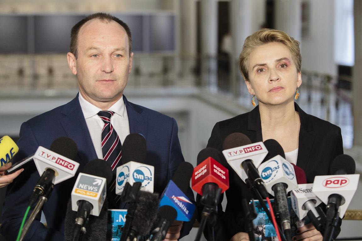 Nowoczesna: Politycy PiS obiecywali słuchać mieszkańców a tak naprawdę mają ich w nosie