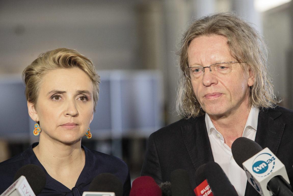 Joanna Scheuring-Wielgus i Krzysztof Mieszkowski: PiS degraduje polskie teatry!