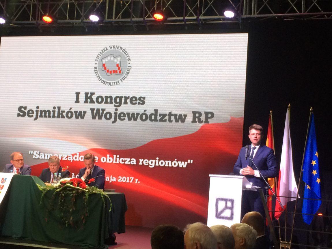 Ryszard Petru na Sejmiku Sejmików: Więcej władzy dla samorządu