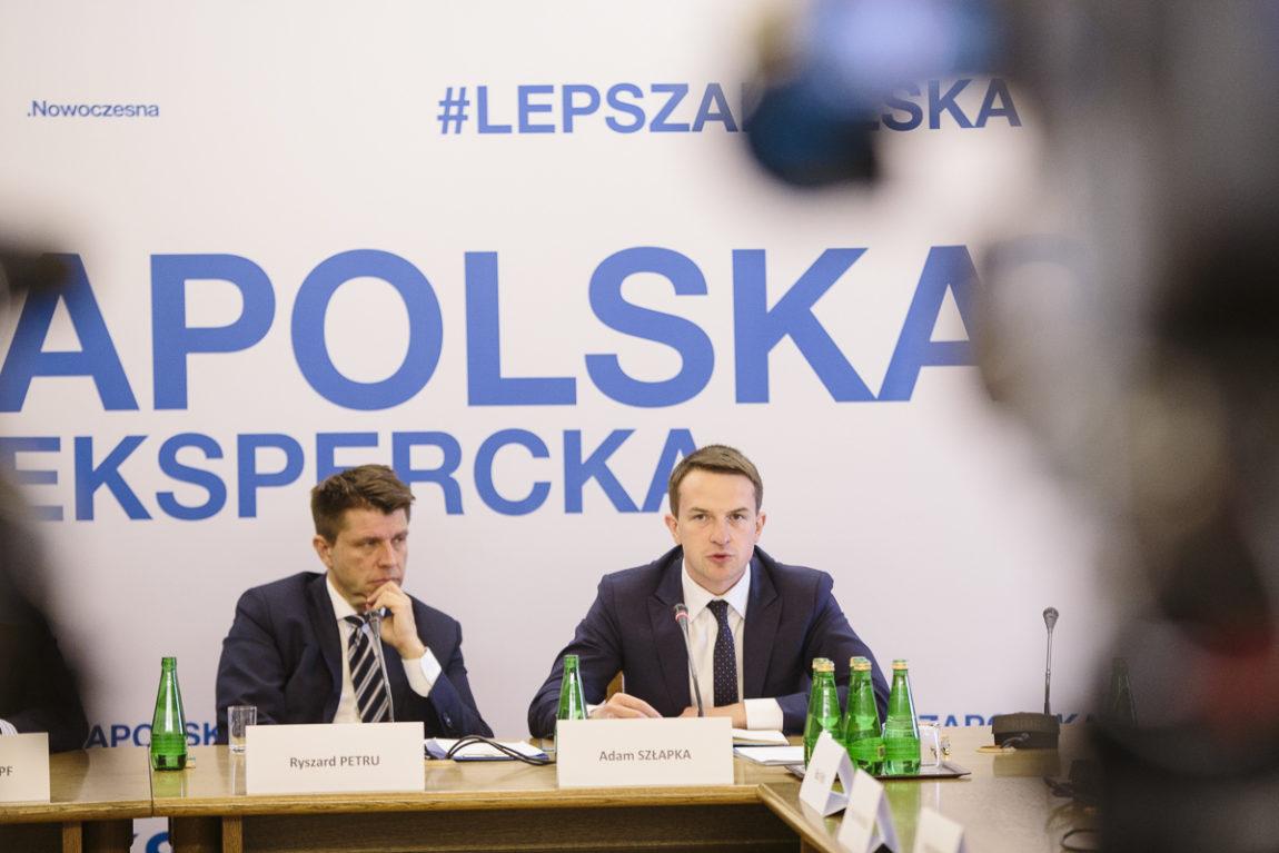Debata Nowoczesnej: #LepszaPolska o dyplomacji z ekspertami