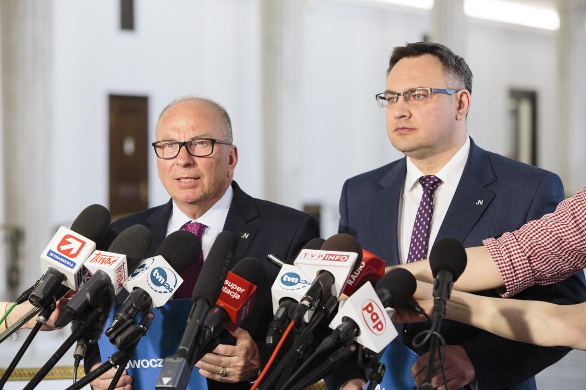 """Nowoczesna apeluje do prezydenta o zawetowanie ustawy tzw. """"apteka dla aptekarza"""""""