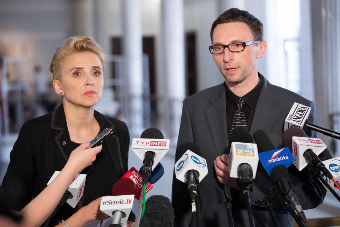 Nowoczesna chce ułatwić Polakom ściganie hejtu i mowy nienawiści w internecie.