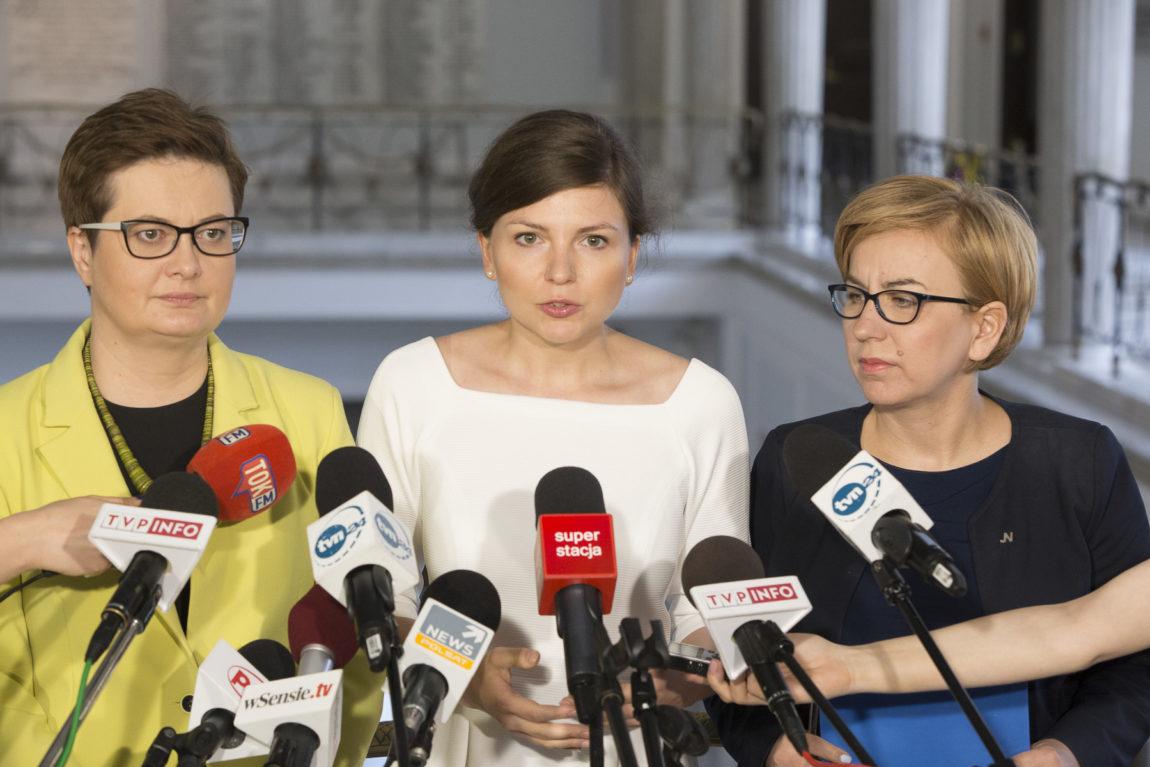 Monika Rosa: Sieć szpitali ministra Radziwiłła nie zmniejszy kolejek do lekarzy, nie poprawi losu pacjentów