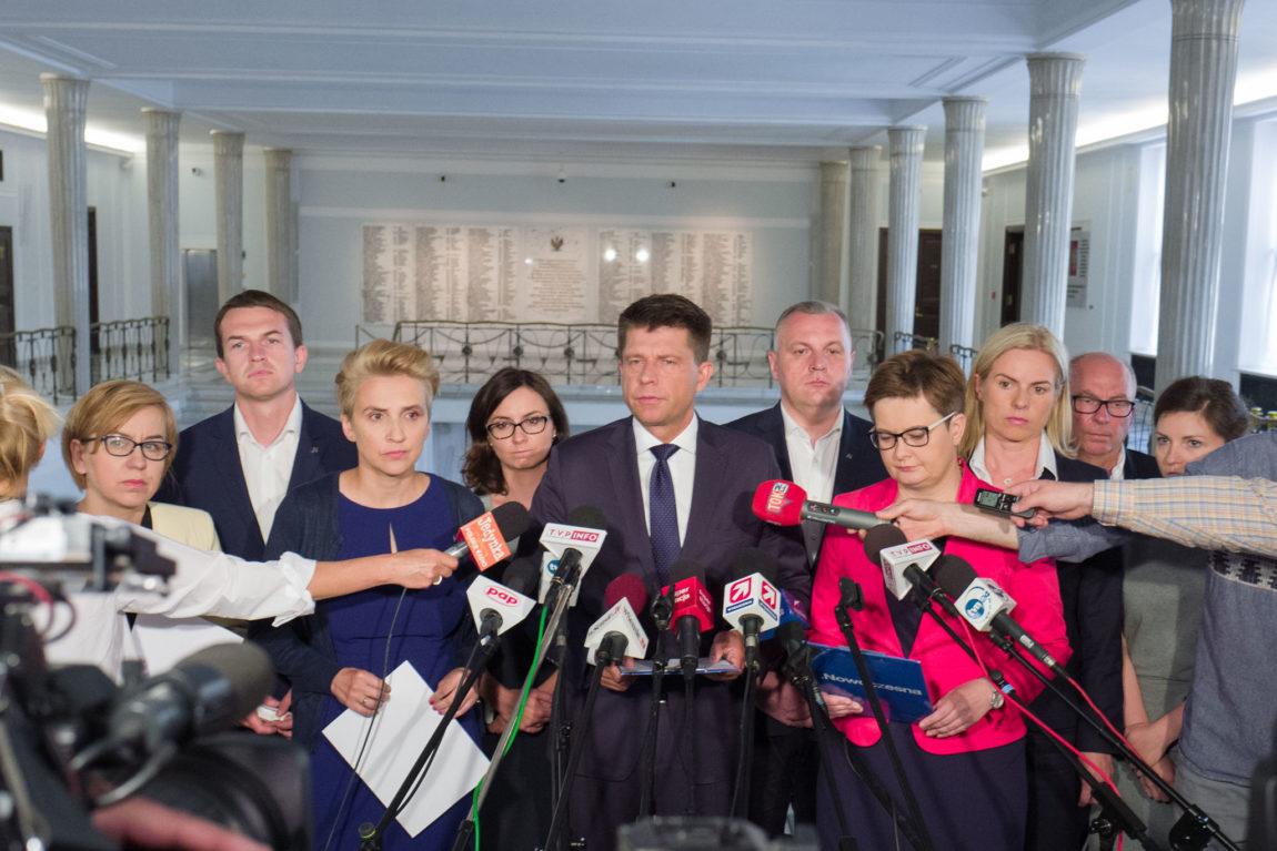 Nowoczesna apeluje o stworzenie Frontu Demokratycznego