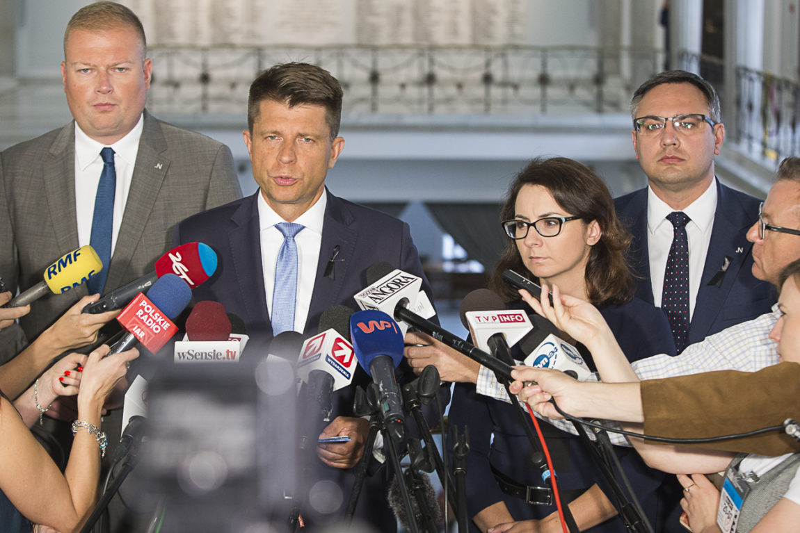 Piotrowicz do prokuratury
