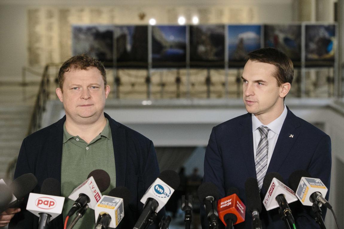 Adam Szłapka: Macierewicz nie odpowiada na zarzuty T. Piątka i interpelacje Nowoczesnej