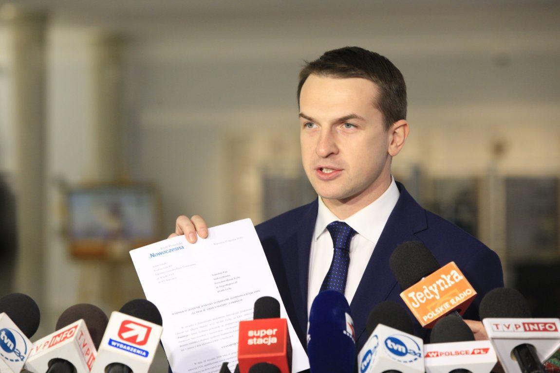 """Adam Szłapka: Składamy wniosek o zbadanie działalności Fundacji """"Orle Gniazdo""""."""
