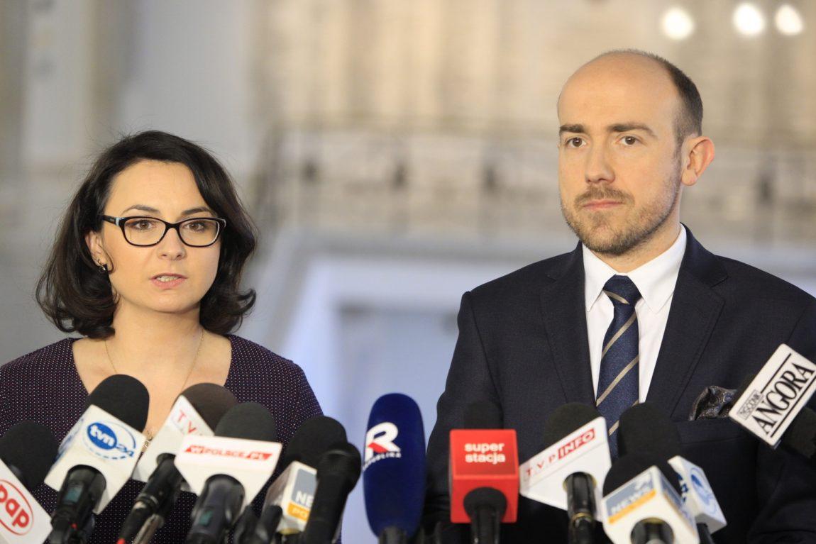 Kamila Gasiuk-Pihowicz i Borys Budka o tym, dlaczego KRS zmienia się w Krajową Radę Ziobrownictwa.