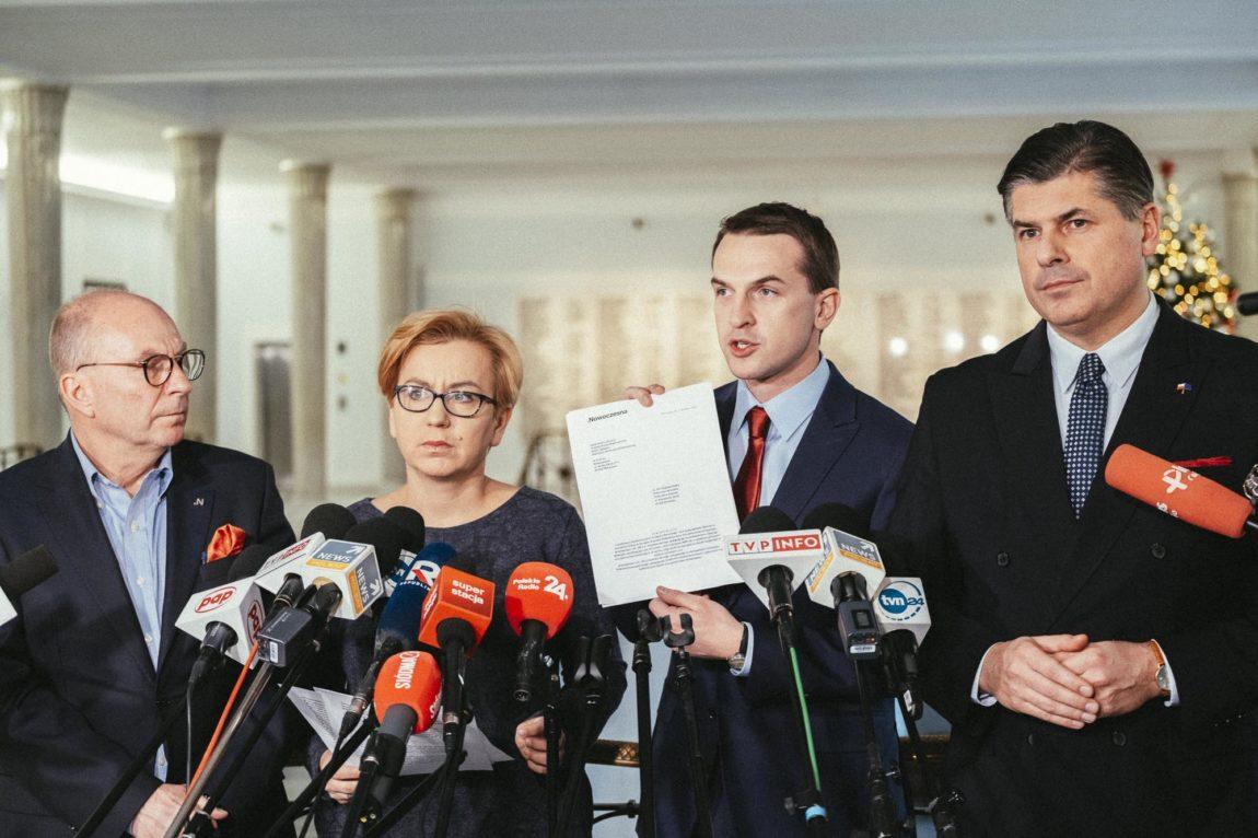"""""""Zarząd SKOK nie dopełnił obowiązków"""" Nowoczesna zawiadamia Prokuraturę o możliwości popełnienia przestępstwa."""
