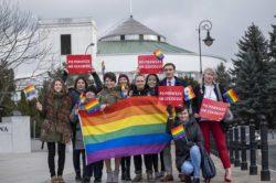 Koniec z horrorem pseudoterapii konwersyjnych na osobach LGBT – ustawa KPH i Nowoczesnej w Sejmie