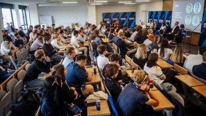 Mija miesiąc od Zjazdu Krajowego Młodych Nowoczesnych!